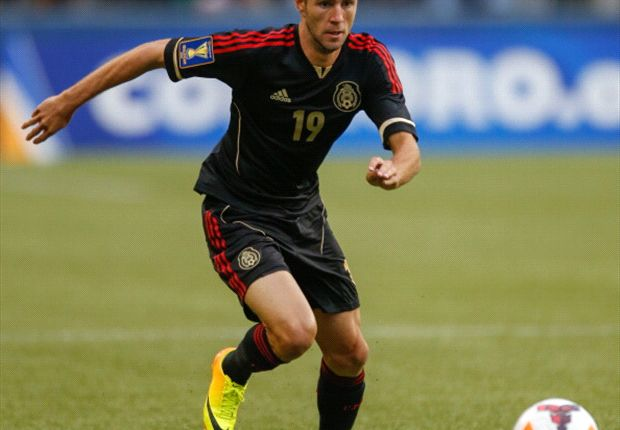 Layun rejects European move, for now