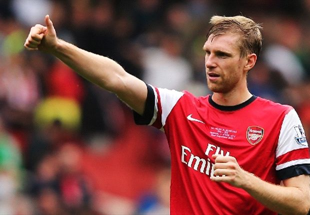 Wenger hopeful over Mertesacker & Sagna contract renewals