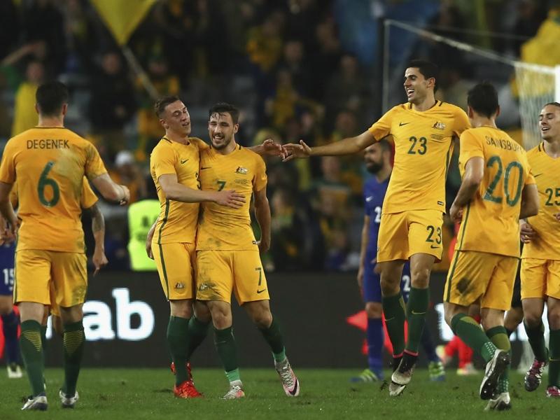 L'Australie domine la Grèce (1-0)