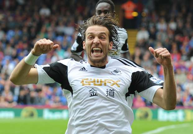 Del Bosque reveals Michu snub regret