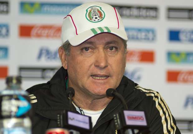 Vucetich a figure of calm after emotional night for El Tri