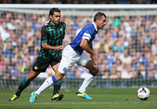 Gibson will benefit from Ireland return, says Everton boss Martinez