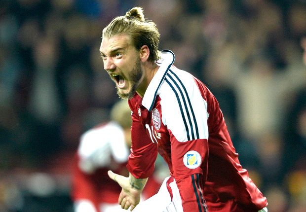 The Sweeper: Bendtner nine pounds overweight for Crystal Palace medical