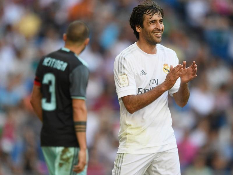 Raul élu meilleur joueur de l'histoire de la Liga bien devant Messi et Ronaldo