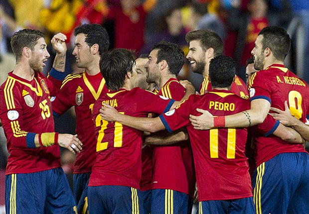 Spain 2-1 Belarus: Xavi & Negredo allow Roja one foot in Brazil