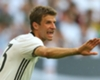 Müller cabalga sobre Schweinsteiger