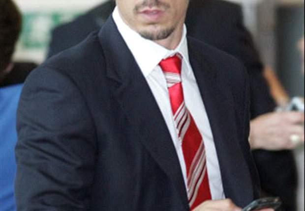 Carlos Tevez Sindir Gary Neville