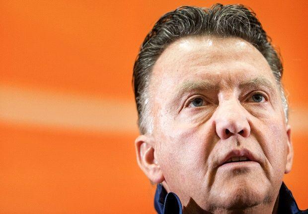 Robin van Persies Ausfall ist auch für Trainer Louis van Gaal ungewohnt
