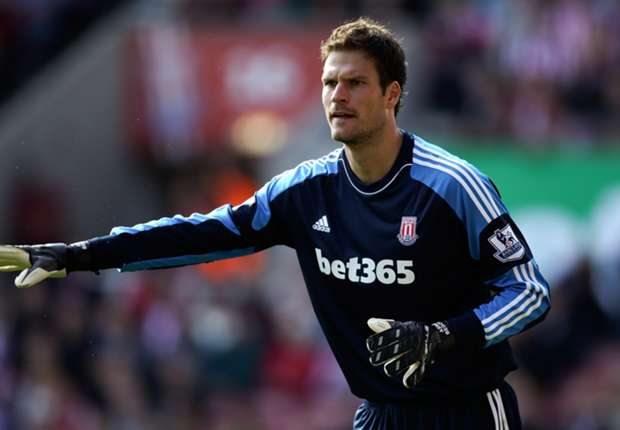 Stoke City boss Hughes issues Begovic hands-off warning