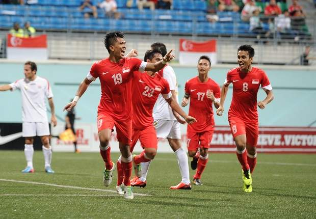 Singapore bid to keep Asian Cup hopes alive