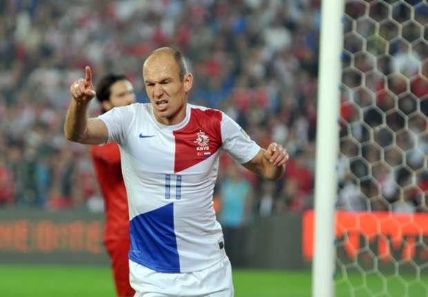 Turquía 0-2 Holanda: Arjen Robben y Wesley Sneijder no perdonan