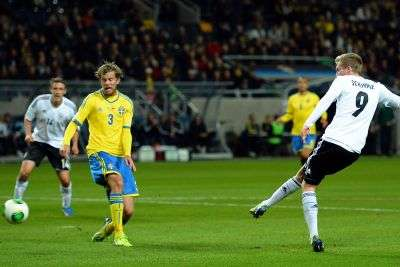 Jerman kalahkan Swedia di kandang.