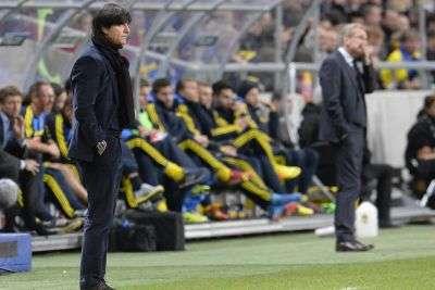 Joachim Löw erlebte eine Fußballschlacht in Schweden