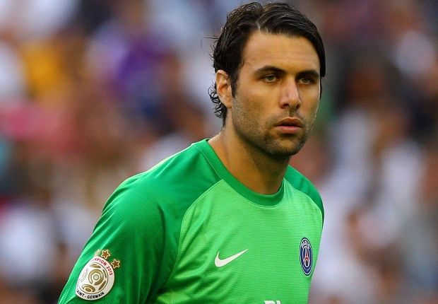 Sirigu: Buffon is a legend