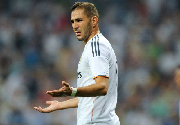 Ancelotti should bench booed Benzema for the Clasico and give Morata a chance