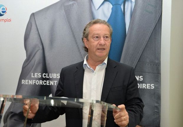 French clubs agree to strike over tax increase
