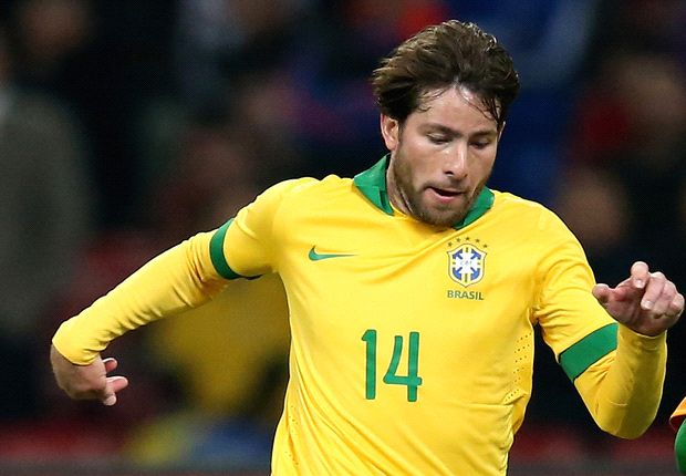 Maxwell hails Selecao atmosphere