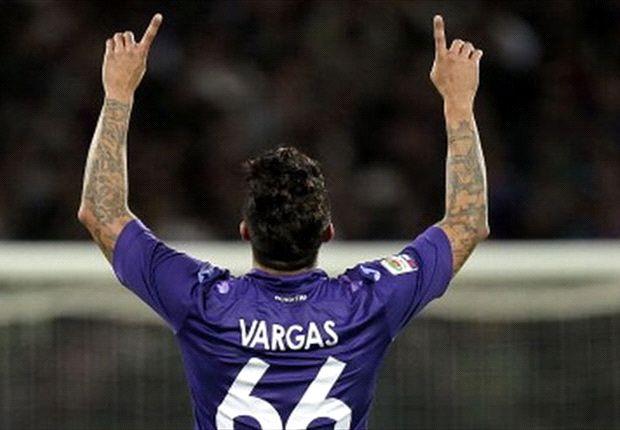 Fiorentina le renueva a Juan Vargas hasta el 2015
