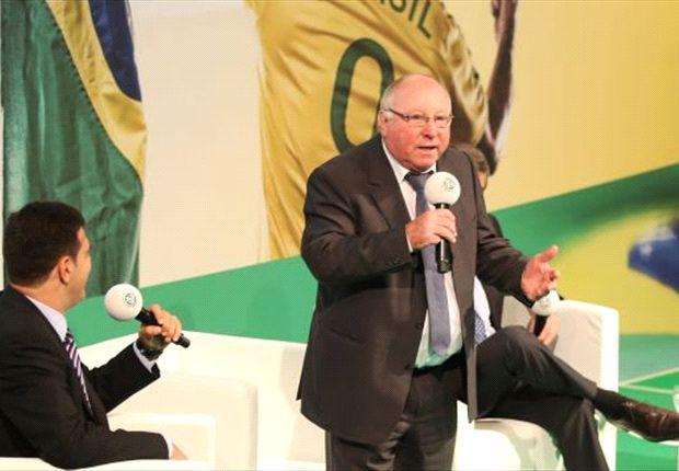 Uwe Seeler wieder entspannt: HSV nicht mehr in Gefahr