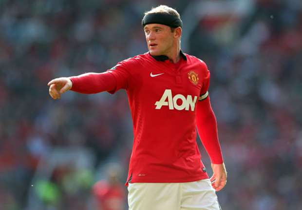 Moyes backs Rooney to surpass Sir Bobby Charlton