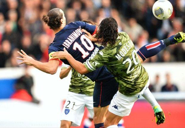 Ibrahimovic a marqué d'une aile de pigeon acrobatique
