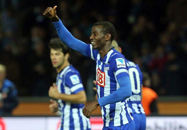Luhukay met Hertha BSC naar vierde plek