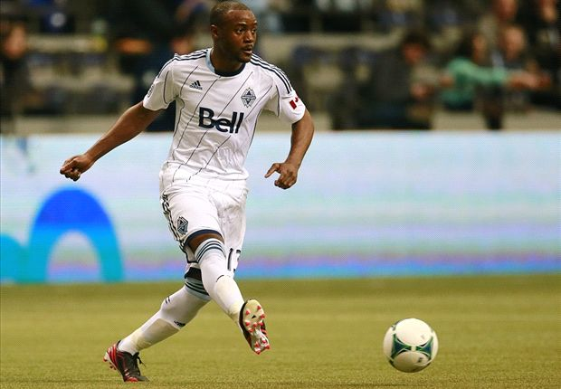 Chivas and Vancouver swap Nigel Reo-Coker and Mauro Rosales