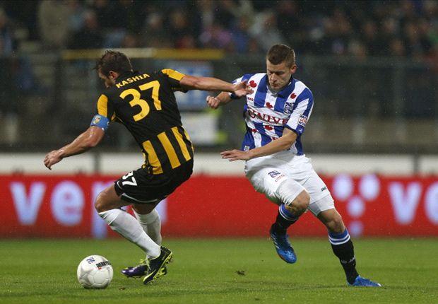 Van Aanholt bekroont comeback Vitesse