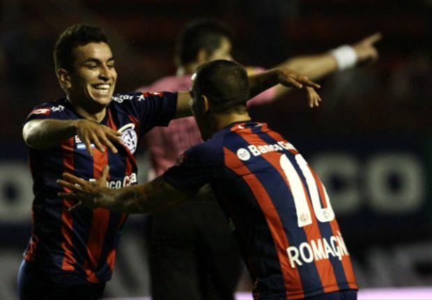 Correa fue el hombre de la noche y metió dos goles para la victoria del Ciclón.