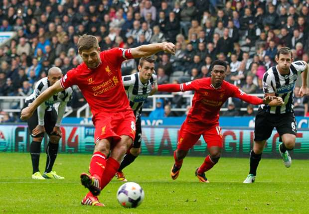 Gerrard proud to reach Liverpool landmark