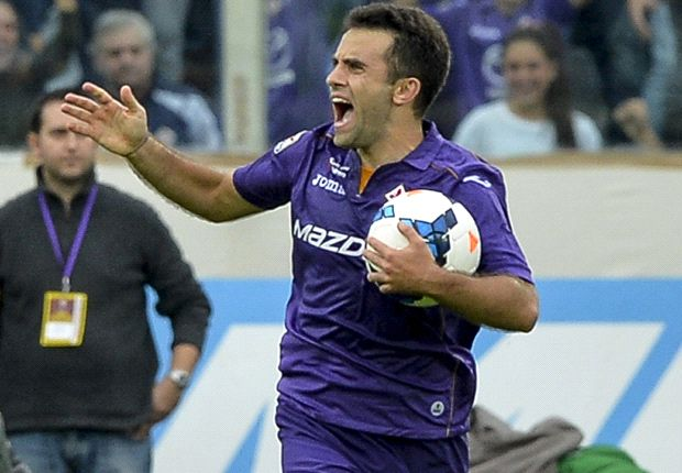 Fiorentina 4-2 Juventus: Rossi nets hat-trick to guide hosts to victory