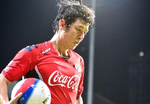 Patrick Vallee feels ex-Korean international Lee does not deserve the praise