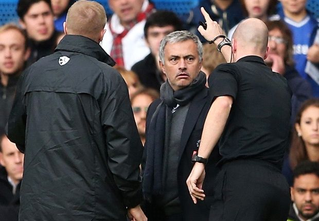 Mourinho hit with FA fine