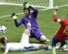 VIDEO - Cech oefent reflexen