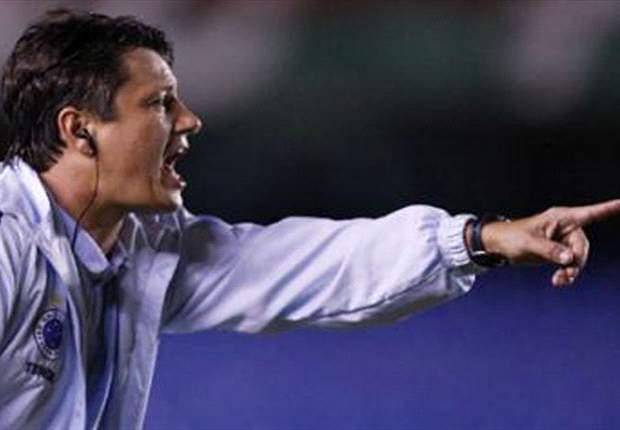 Adilson Batista não é mais técnico do Atlético-GO