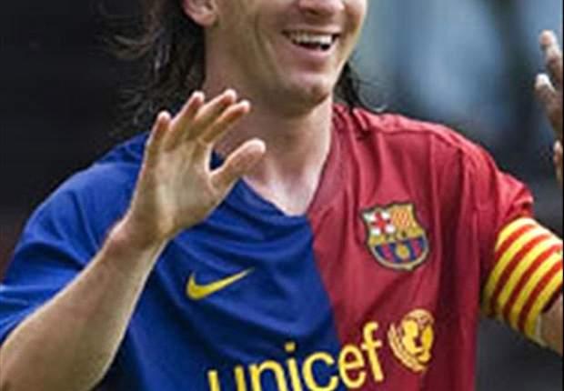 Barça Hoping Maradona Will Keep Messi Pact