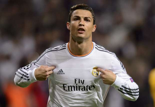 Ronaldo accuses Blatter of Messi bias