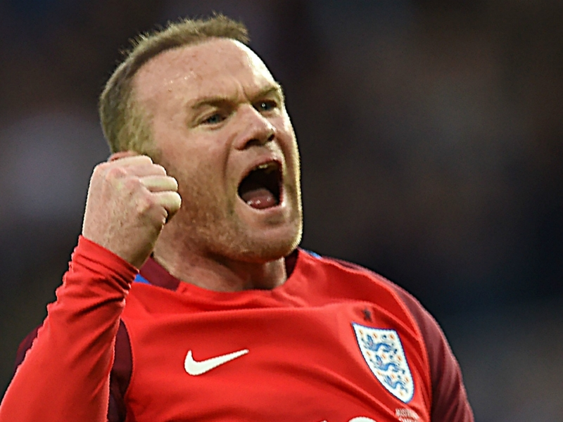 'Special player' Rooney backed by Defoe to make positive England impact