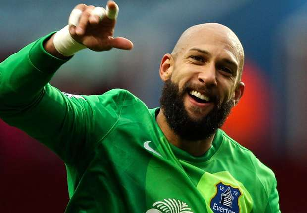 Everton boss Martinez applauds Howard heroics