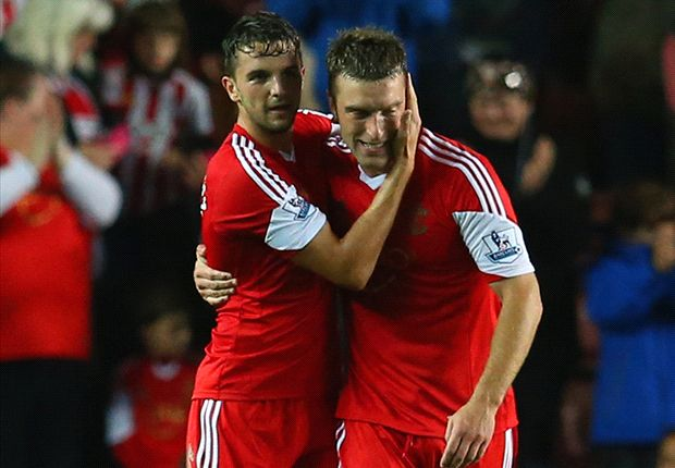 Southampton 2-0 Fulham: Lambert & Rodriguez fire Saints up to third