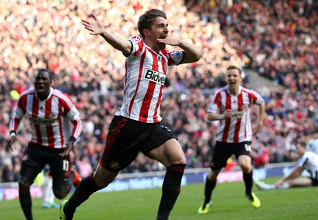 Sunderland 2-1 Newcastle: Borini stunner moves Black Cats off bottom