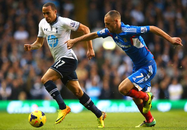 Townsend refuses to criticise Tottenham fans