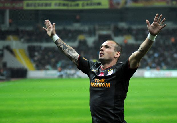 Mancini reluctant to risk Sneijder against Real Madrid