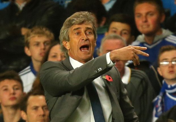 Manchester City boss Pellegrini wants to avoid quadruple talk