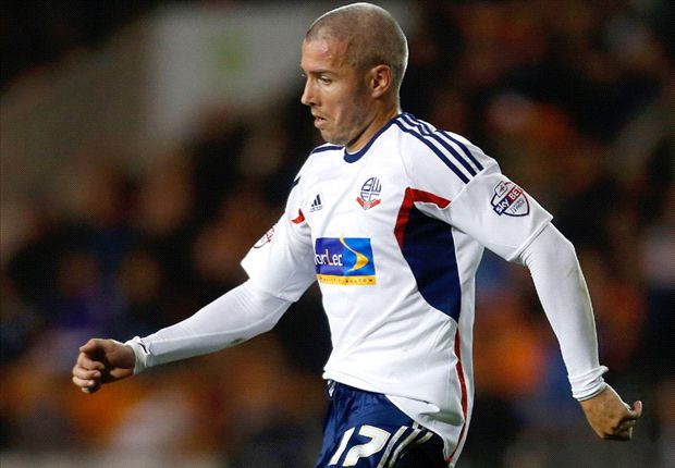 Bolton extend McNaughton loan deal