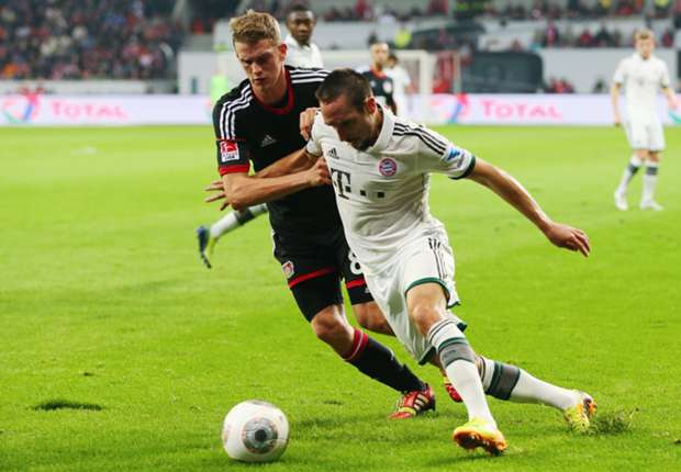 Lars Bender signs new Bayer Leverkusen deal