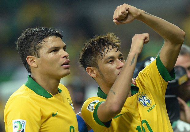 Neymar delighted to see 'idol' Robinho back in Brazil squad