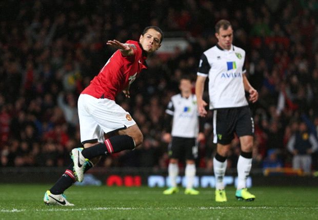 Manchester United 4-0 Norwich: Chicharito double books Capital One Cup quarter-final spot