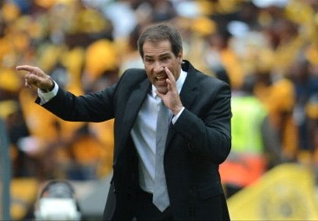 Roger de Sa resigns as Orlando Pirates coach