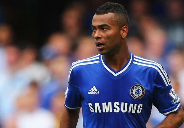 Ashley Cole keen to extend Chelsea stay